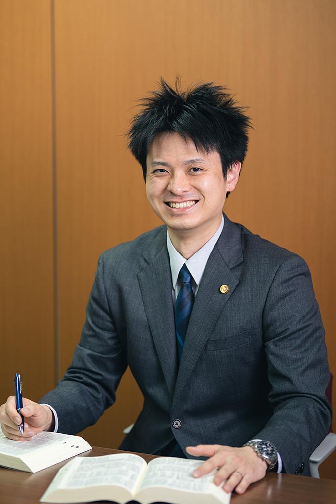 森山孝彰弁護士